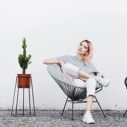 Ebba Zingmark - Ok Design Chair, Ebba Zingmark Blog, &Otherstories Pants - CONDEZA
