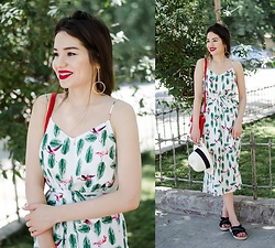 Diyora Beta - Cami Dress, Sandals, Red Bag, Earrings - Flamingo dress
