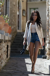 ManueLita - Unconventional Secrets Spring Coat, Patrizia Pepe Top, Elisabetta Franchi Shorts Denim, Corsetti Made In Italy Mini Bag, The Seller Shoes - My Unconventional coat