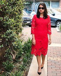 TheVagabondWayfarer - Zaful Red Lace Dress, Black Heels, Ray Ban Wayfarer - Red Lace Dress