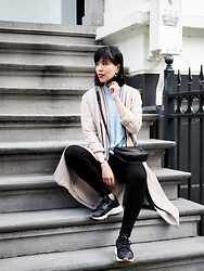 Vivian Tse - Mango Duster, Céline Bag, Mango Blouse, H&M Leggings, Nike Air Huarache Run - Parisian corner