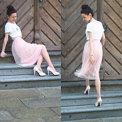 Claire H - H&M Tulle Skirt - Summer rose