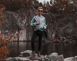 Marcus Westerblom - Levi's® Jeans Jacket, River Island Pants, Boohoo T Shirt, Represent Chelsea Boots - Levi's