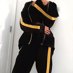 Kat Smith - Zara Black And Yellow Stripe Track Jacket, Zara Yellow Side Stripe Sweatpants - BUMBLE BEE