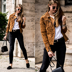 Jacky - Ray Ban Sunglasses - Brown Leather Jacket