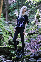 Kimi Peri - Dr. Martens Vegan Boots, Vii & Co. Fishnet Socks, Tally Weijl Black Jeans, Mercredi Clothing Unlovable Tee, Friend's Gift Crystal Necklace - Unlovable