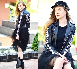 Karolina N. - Orsay Hat, Sammydress Jacket, New Yorker T Shirt, Gamiss Boots - Tulle Stories.