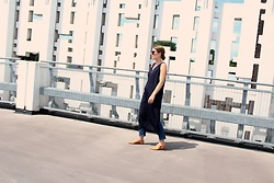 Angharad Jones - House Of Sunny Tunic, Weekday Jeans, Zara Shoes - The Navy Tunic