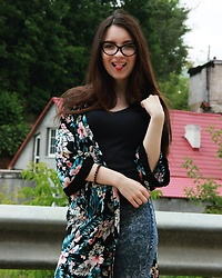 Viktoria Yanchilik -  - Glasses