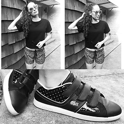 Pauline - Guess Marble Mirror Sunnies, Fabletics Laced Crop Top, Lululemon Lacey Shorts, Lacoste Sneakers - Black & White & Sporty