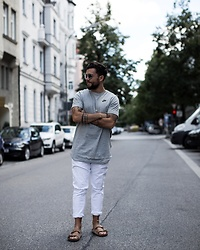 Ben Sammer -  - FASHION: Men Streetstyle Look with NIKE