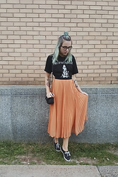 Kelsi Goodwin - Band Tee, Thrift Pleated Skirt - Pleats and Band Tees