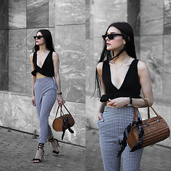 CLAUDIA Holynights - Missy Empire Ruffle Top, Zara Gingham Pants, Vintage Straw Bag, 4th & Reckless Frill Shoes - Summer breeze