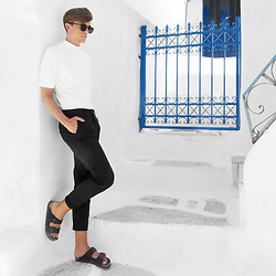 Georg Mallner - Weekday Turtleneck Shirt, H&M Pants, Birkenstock - July 23, 2017