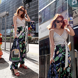 Rekay Style - Celine Sunglass, L'academie Wrap Cami, Zara Floral Pants, Judy Jucy Sparkle Eco Bag, Raye Sandals - Daylight in Hongkong