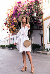 Stephanie Van Klev - H&M Straw Hat, Mango Dress, L'autre Chose Platform Sandals, Kokokarma Ata Bag - Puerto De Mogan