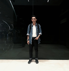 John Castillo - Deni Jacket, Classic Giordano T Shirt, Petrol Skinny Jeans, Adidas Trainers, Casio Gshock Watch - Living Ultralife