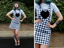 Jessica Gutteridge - Lazy Oaf Checked Pinafore, Primark Blue Collar Top, H&M Strap Sandals - Pinafore Hearts