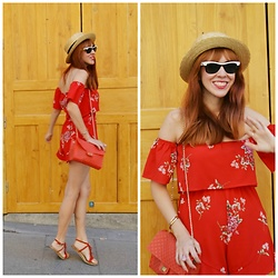 Mi Vida En Rojo - Rosegal Romper, Tiger Bag, Ray Ban Sunnies, Oasap Hat - RED off shoulder Floral Romper