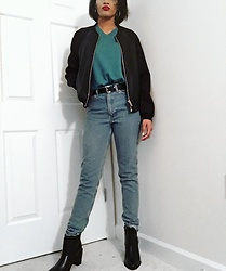 Kat Smith - Gap Green Sweater, Forever 21 Black Bomber Jacket, American Apparel Jeans, Missguided Boots - M O T O