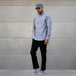 Mohamed Samaras - Rvca 5 Panel, Ray Ban Wayfarer, Stussy Shirt, H&M Pants, Vans Checkerboard - Say less