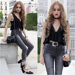 Irene Aspas - Zaful Top, Rosegal Choker, Rosegal Shoes, Rosegal Bag - Dark Butterfly
