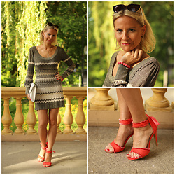Małgorzata Miłosz - Oasis Dress, Deezee Sandals - Ultramini