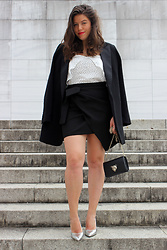 Joana Sá - Mango Blazer, Mango Top, Zara Skirt, Parfois Bag, Zara Silver Shoes - Six