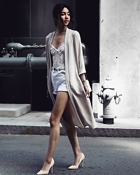 Florencia R - Boohoo Duster Coat, Windsor Lace Bodysuit, Faithful Jeans White Shorts, Gianvito Rossi Suede Heels - Faithful Friday