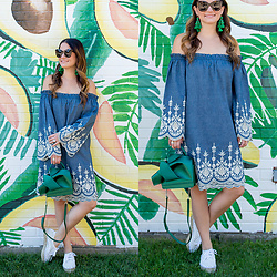 Jenn Lake - Best Avocado Toast In Chicago, Avocado Mural Chicago, Kas New York Chambray Off Shoulder Dress, No. 21 Satin Knot Bow Bag, Kate Spade Pretty Poms Tassel Earrings, Loeffler Randall Espadrille Sandals, Celine Marta Sunglasses - Best Avocado Toast in Chicago