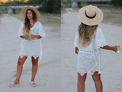 Claudia Villanueva - Asos Hat, Zaful Dress, Amaretto Shop Sandals - Summer afternoons in a kaftan