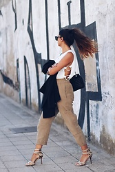 Bárbara Marques - Yoins Top, Zara Pants, Carmen Steffens Heels, Michael Kors Bag, Zara Blazer, Christian Dior Sunglasses - Back home