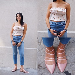 Taylor Brown - Zara Relaxed Fit Jeans, Zara Ruffled Crop Top, Apple Watch - OOTD 08.03 | Ruffed & Relaxed