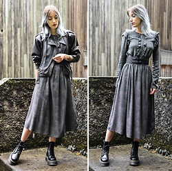 Saskia B. - H&M Maxi Dress, Dr. Martens Jadon, Pimkie Belt, Vintage Leather Jacket - Jadon.