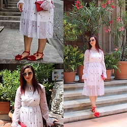Rebel Takipte - Zaful Dress, Rosewholesale Red Shoes - White and Red