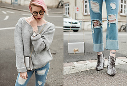 BEHINDHERMASK - Senso Velvet Ankle Boots, Missguided White Bag - Denim days