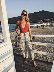 Ana Vukosavljevic - Khong Boon Swimwear Swimsuit, Zaful Pants - Step Up Your Bikini Game