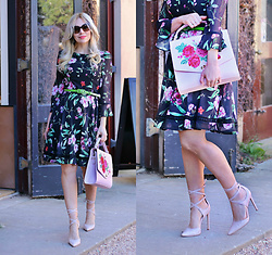 Scarlett Vargas - Review Australia Dress, Review Australia Bag - LBD In florals!