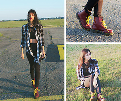 Karolina Z - Cliffsport.Pl Dr Martens, Reserved Black And White Shirt, Reserved Crop Top - Airport