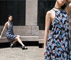 Gi Shieh - H&M Bird Of Paradise Print Dress, Topshop Dabble Two Part Sandals, H&M Black Chain Choker - Bird of Paradise