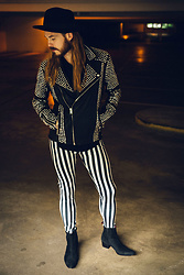 Maik - Brixton Hat, Tigha Leather Jacket, Kapow Meggings, Jeffrey West Boots - Lonesome Rockstar