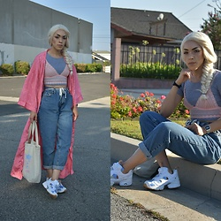 . . - Reebok Sneakers, Levi's® Jeans, American Apparel Crop Top, Casio Watch - でもかみが dancing in the wind こういう時に思うんだ