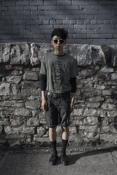 Samuel Oh - The Black Market To Vintage, H&M Self Distressed Denim Shorts, Dr. Martens Marten's Original Oxford Shoes - EAT MEAT