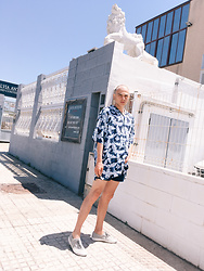 Enea Nastri - Hugo Boss Oversized Shirt, Zara Short Shorts, Superga Grey Superega - Warehouse