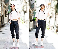 viaSWEAT - Ray Ban Aviator Metal, Viasweat Kenna Top, Viasweat Renee Rose Gold Joggers, Adidas Tubular Invader Strap Shoes - STREET BAE