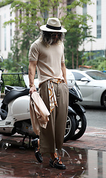 INWON LEE - Byther Basic Crew Neck Knit T Shirts, Byther Double Tuck Wide Slacks, Byther Pattern Long Scarf, Byther Scarf Detail Leather Loafer - Rainy Day Style
