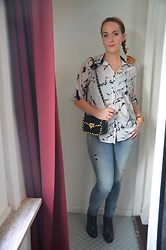 Sarah M - Aliexpress Blouse, Aliexpress Bag, Diesel Jeans, Zign Booties - Marble & Jeans