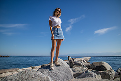 Alison Hutchinson - Cotton On T Shirt, Ksubi Skirt - Casual Summer Days