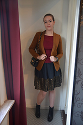 Sarah M - H&M Blazer, Zara Shirt, Aliexpress Bag, Cuple Skirt, Zign Booties - Sequin Season