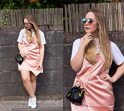 Emma Reay - Zaful Pineapple Bag, Zaful Silver Rings, Zaful Sunglasses, Zaful White T Shirt, Honeyz Pink Silk Dress - The Pink Silk Dress